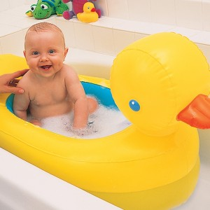 Munchkin White Hot Inflatable Safety Tub Duck